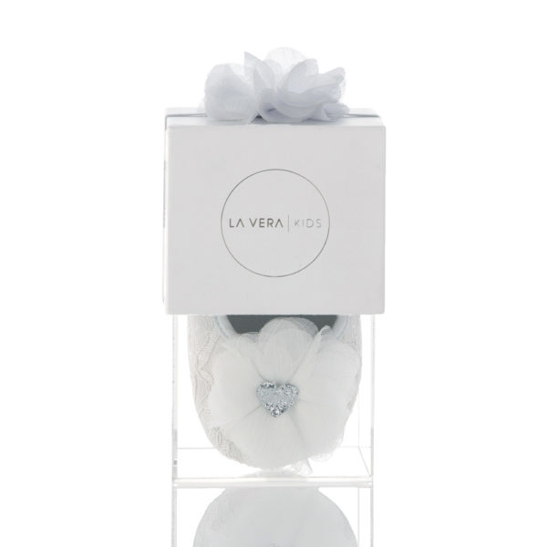 La Vera Kids - Baby Shoe Set - White with White Flower Headband and Silver Glitter Heart Packaged Front