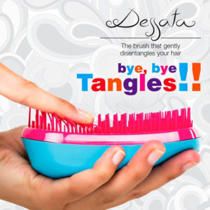 Dessata Detangling Brush - Classic Collection Lifestyle
